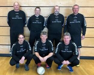 Die Senioren des VfL spielten in Hamburg ….